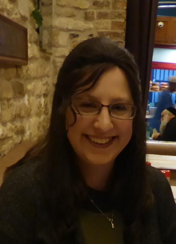 Hannah Ludzker